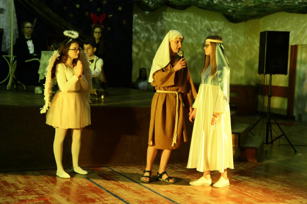 Jasełka-na-strychu-w-Bielinach-16-1024x683