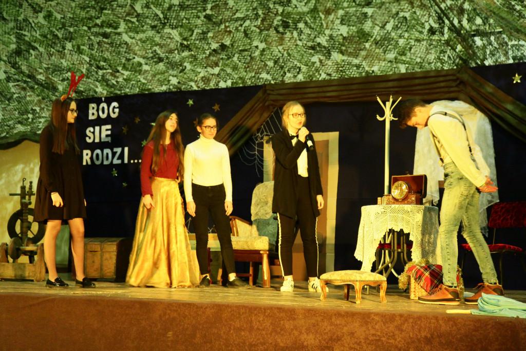 Jasełka-na-strychu-w-Bielinach-24-1024x683